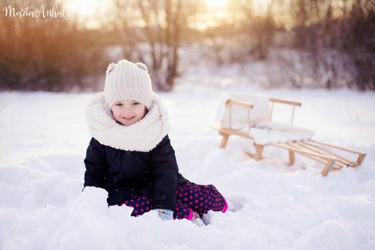 sesja_zdjeciowa_w_plenerze_zima
